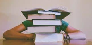 Es ist nicht leicht, ein berufsbegleitendes Studium, den Job und das Privatleben zu koordinieren.